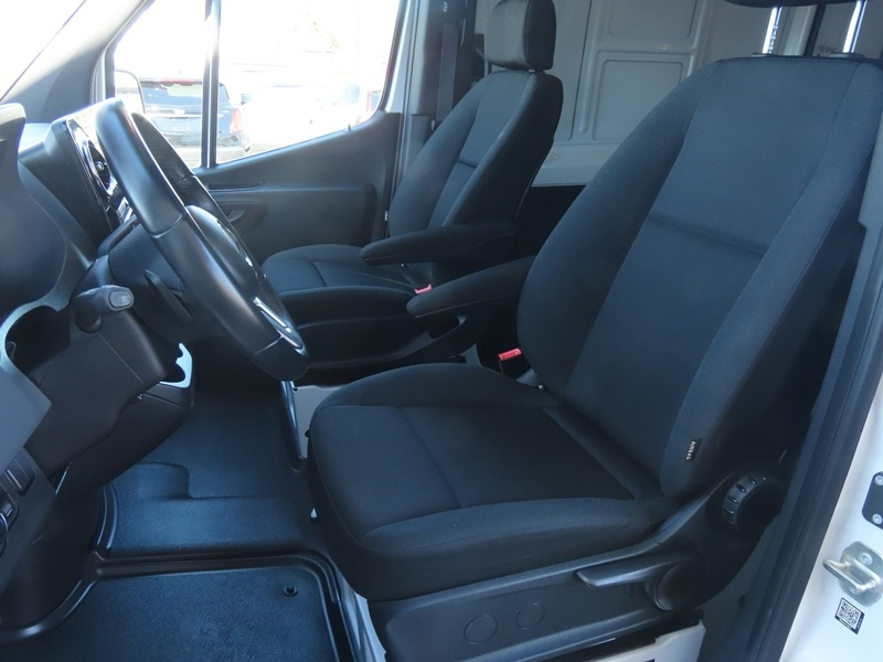 Mercedes-Benz Sprinter Van 2019 price $42,950