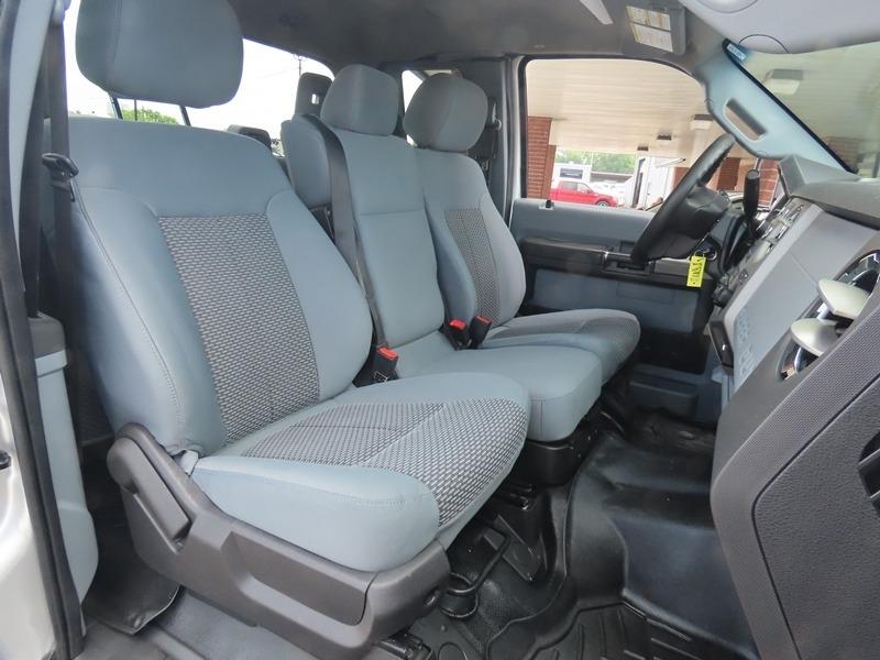 Ford Super Duty F-250 2016 price $32,950