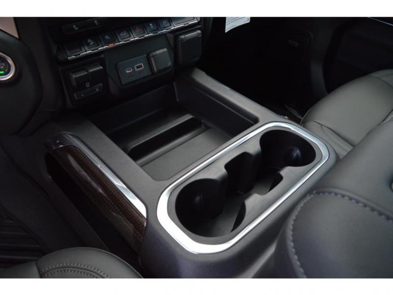 Chevrolet Silverado 2021 price $58,950