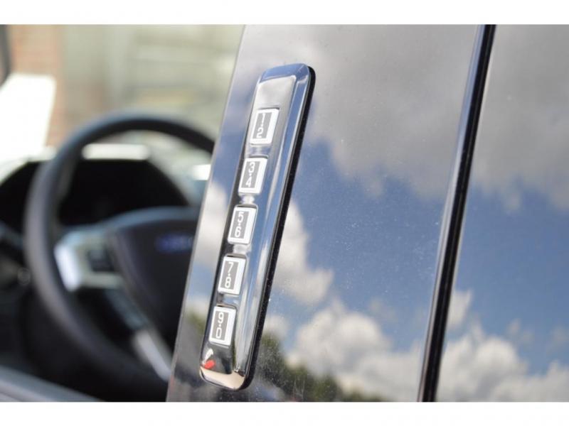 Ford Super Duty F-350 DRW 2021 price $83,950