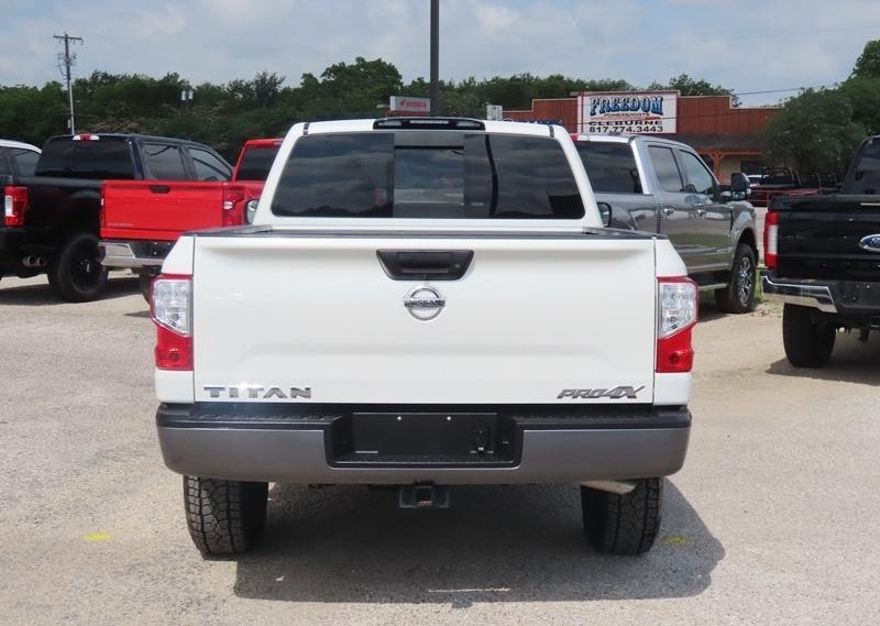 Nissan Titan 2017 price $40,950