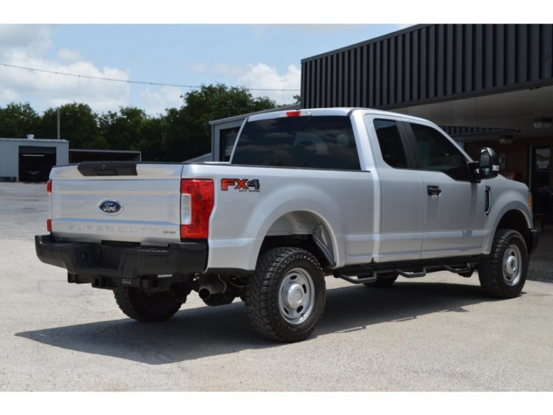 Ford F-250 2017 price $36,950
