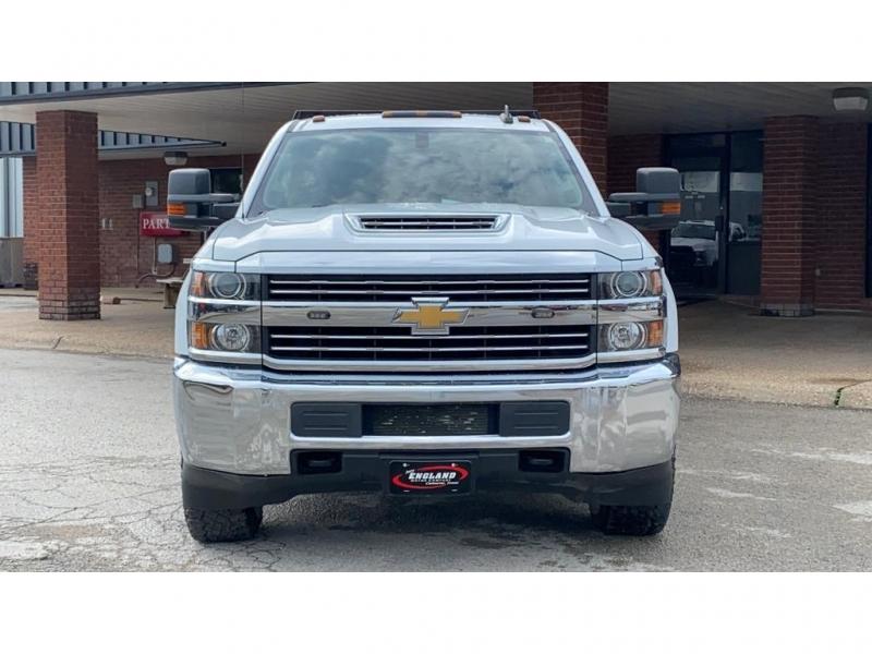 Chevrolet Silverado 2018 price $53,950