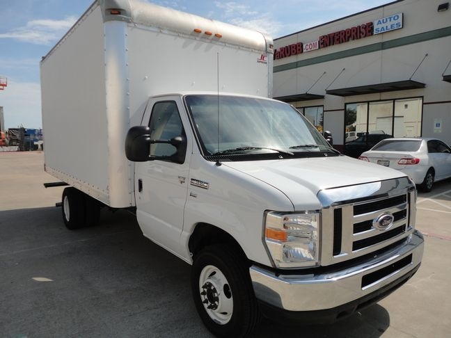 Ford Econoline Commercial Cutaway 2015 price $17,490