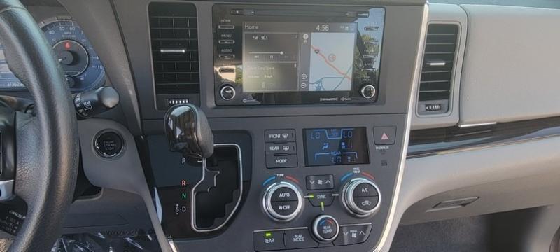 Toyota Sienna XLE Premium 35k mi Factory Warranty 2018 price $34,490