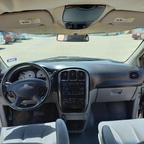 Dodge Grand Caravan 2006 price $7,990