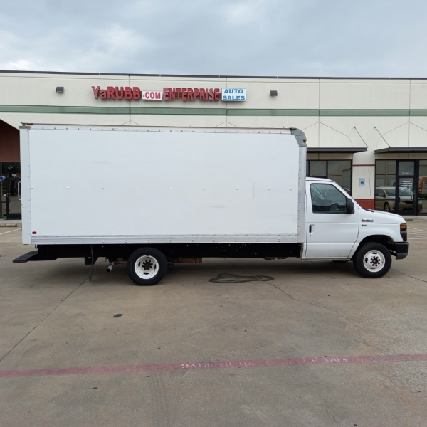 Ford Econoline Commercial Cutaway 2013 price $18,490