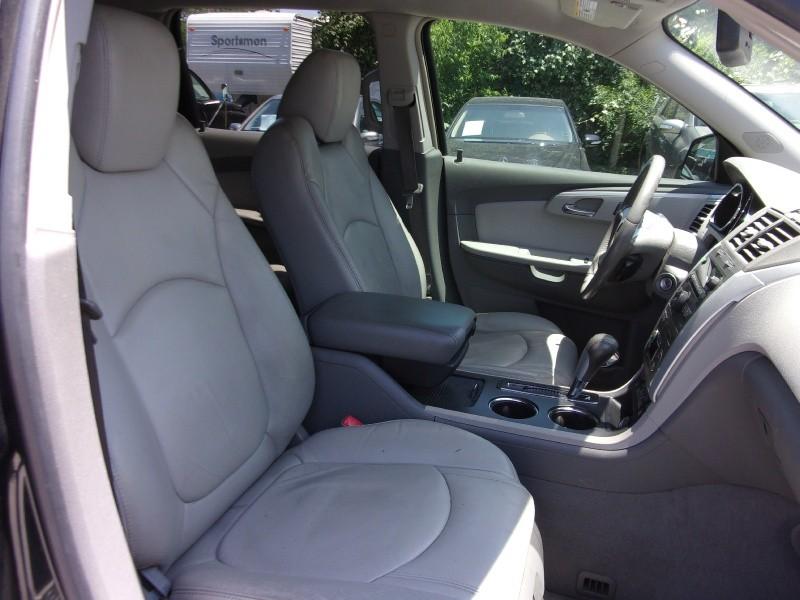 Chevrolet Traverse 2009 price $12,995