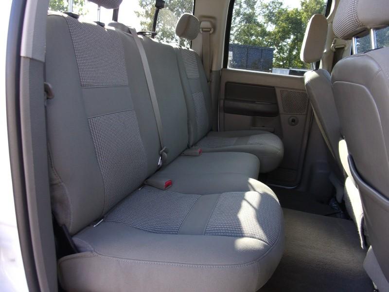 Dodge Ram 2500 2006 price $19,995