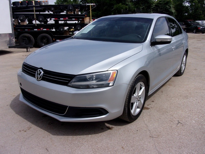 Volkswagen Jetta Sedan 2013 price $11,995