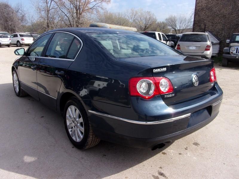 Volkswagen Passat Sedan 2008 price $4,995