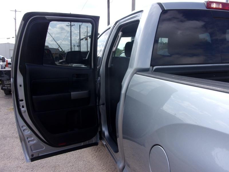 Toyota Tundra 4WD Truck 2013 price $19,995