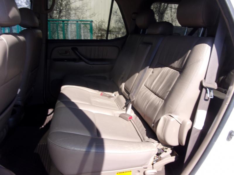 Toyota Sequoia 2001 price $6,995