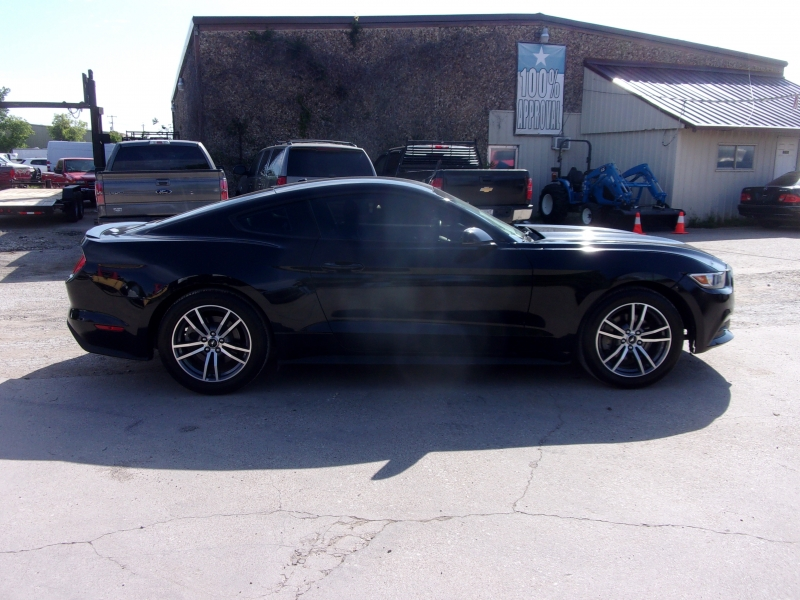 Ford Mustang 2016 price $18,995