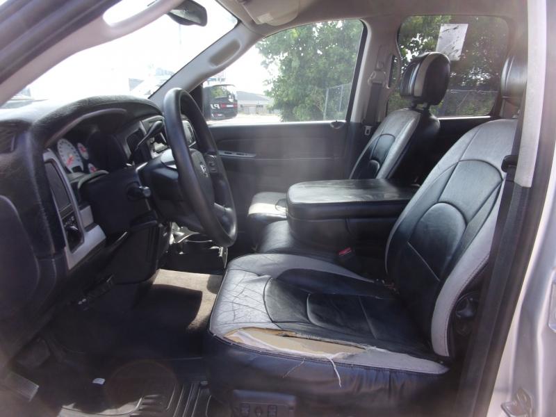 Dodge Ram 3500 2004 price $29,995