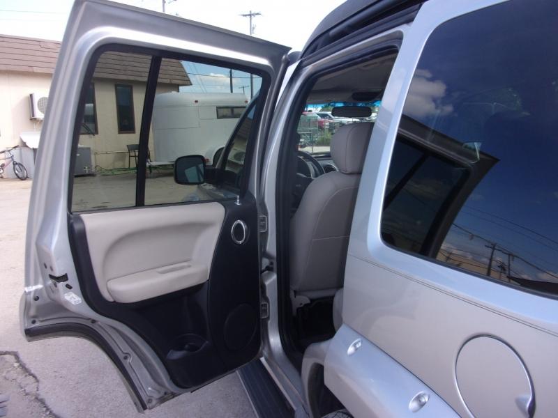 Jeep Liberty 2003 price $5,995