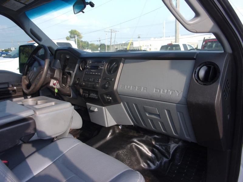 Ford Super Duty F-350 DRW 2015 price $39,995