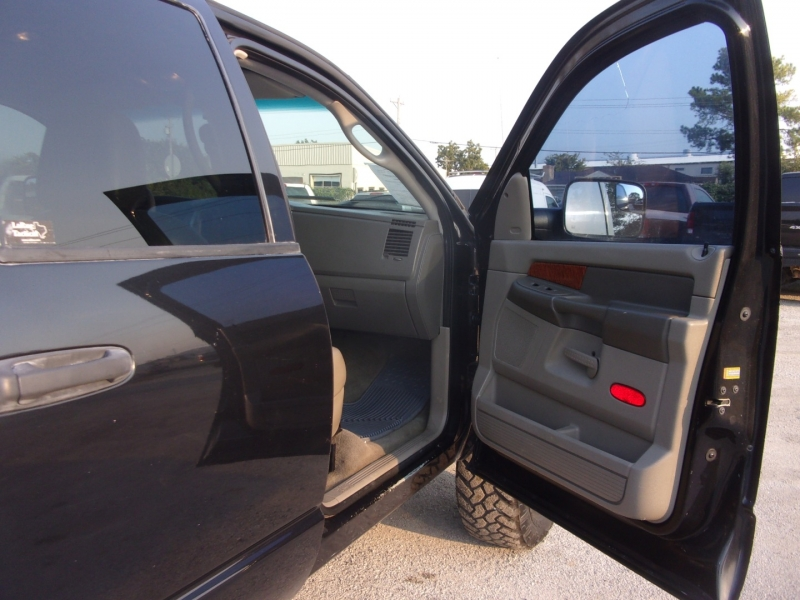 Dodge Ram 3500 2007 price $27,995