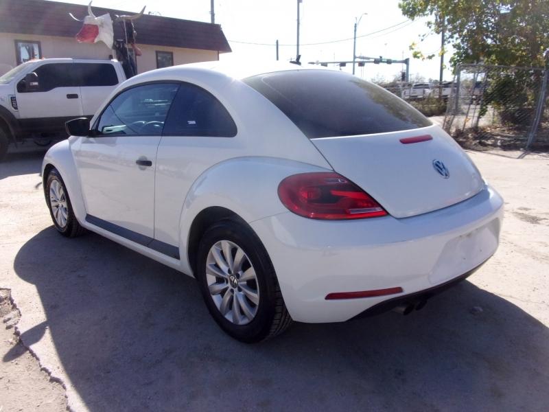 Volkswagen Beetle Coupe 2014 price $12,995