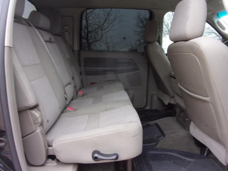 Dodge Ram 2500 2006 price $29,995