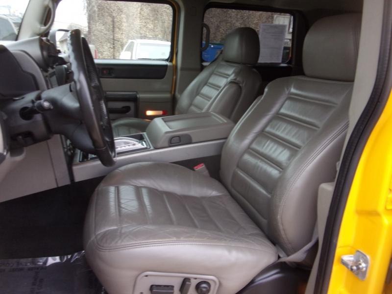 Hummer H2 2003 price $22,995