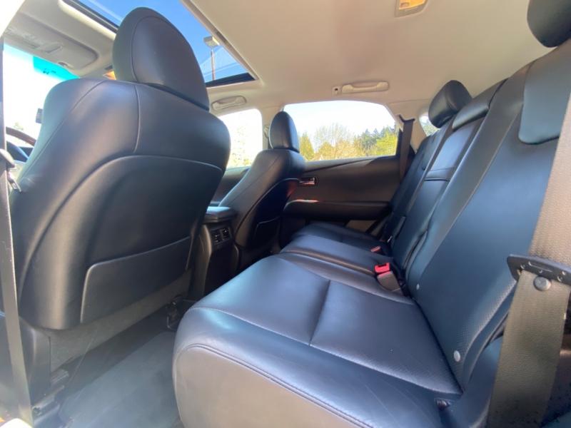 Lexus RX 450h 2011 price $14,795