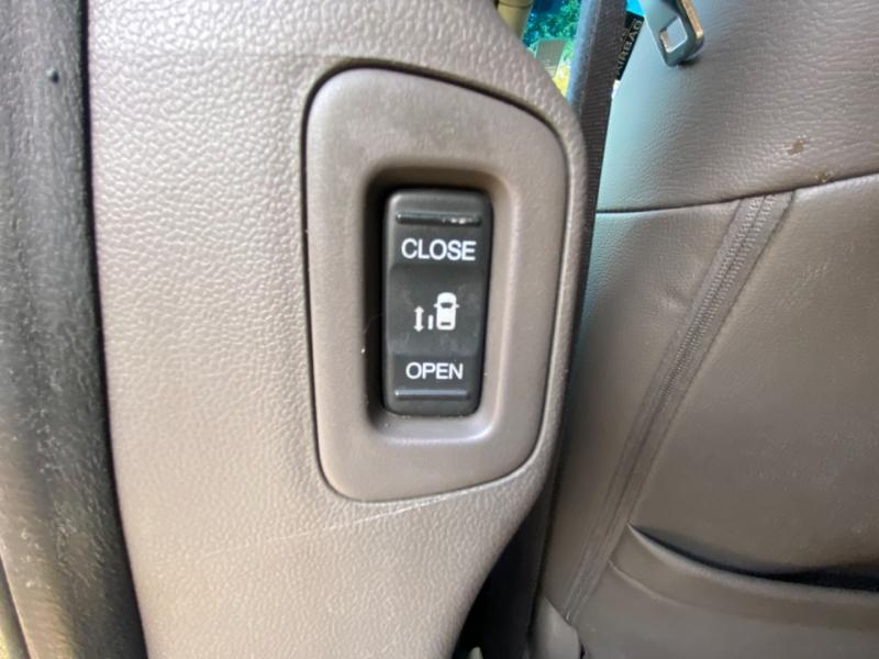 Honda Odyssey 2011 price $12,895