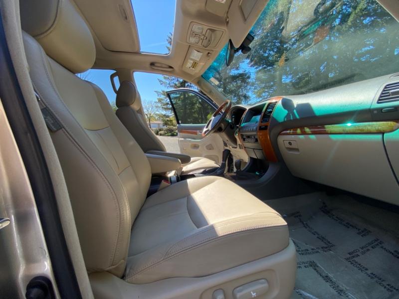 Lexus GX 470 2004 price $14,995
