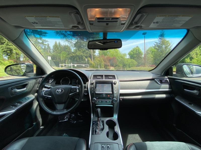 Toyota Camry 2016 price $18,669