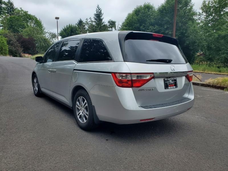 Honda Odyssey 2011 price $13,895