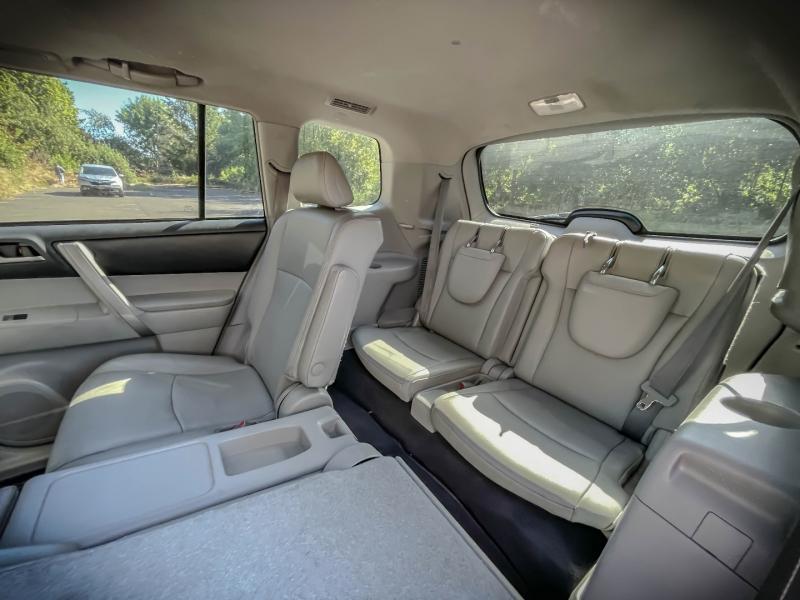 Toyota Highlander 2012 price $19,778
