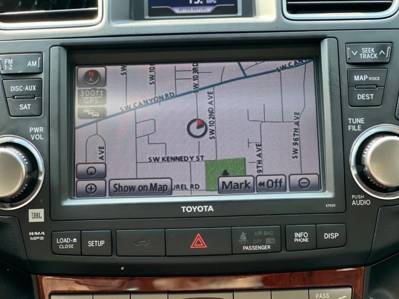 Toyota Highlander 2012 price $19,339