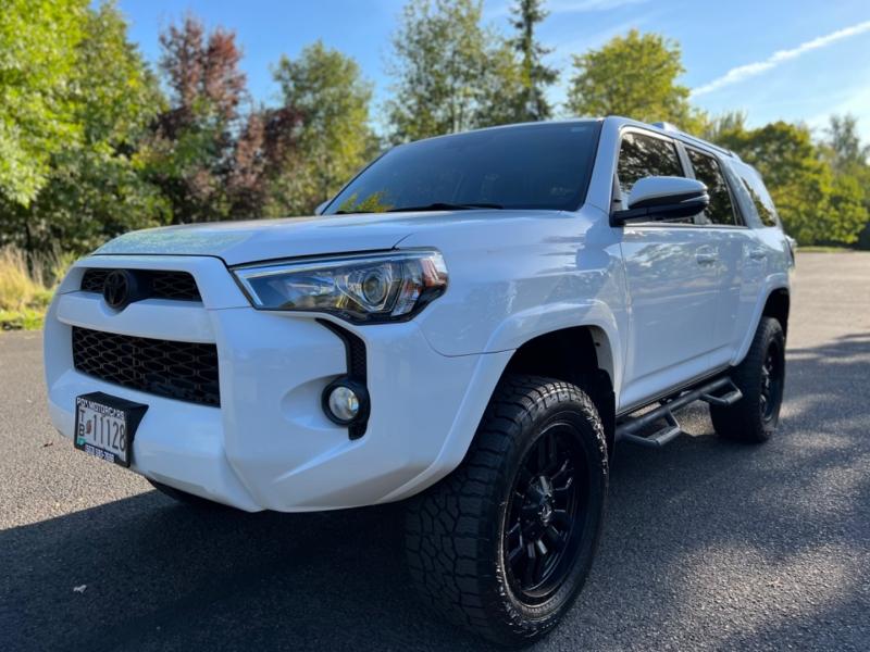 Toyota 4Runner 2017 price $41,000