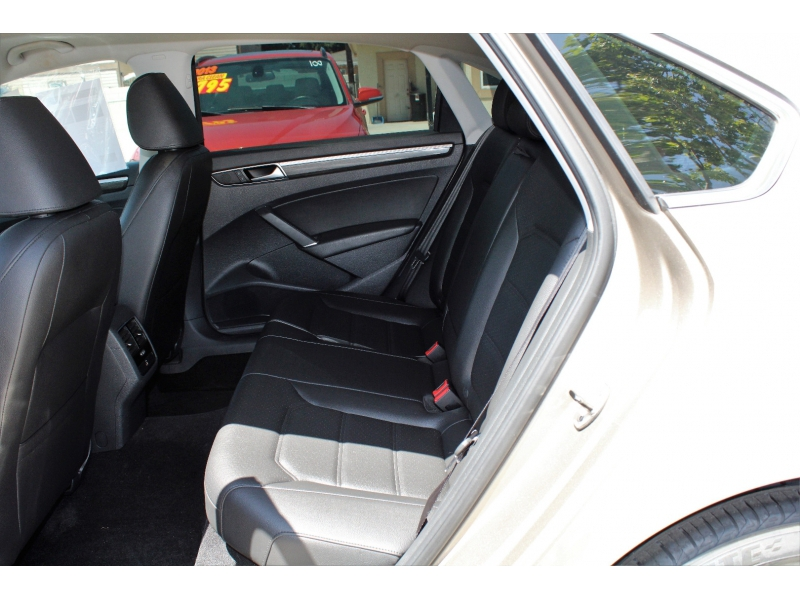 Volkswagen Passat 2016 price $13,995