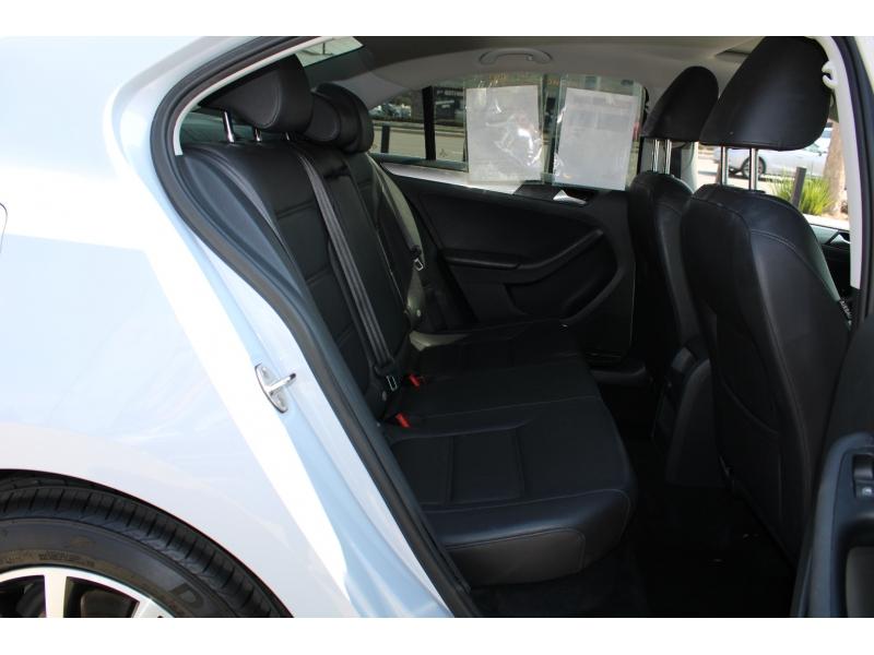 Volkswagen Jetta 2017 price $15,995