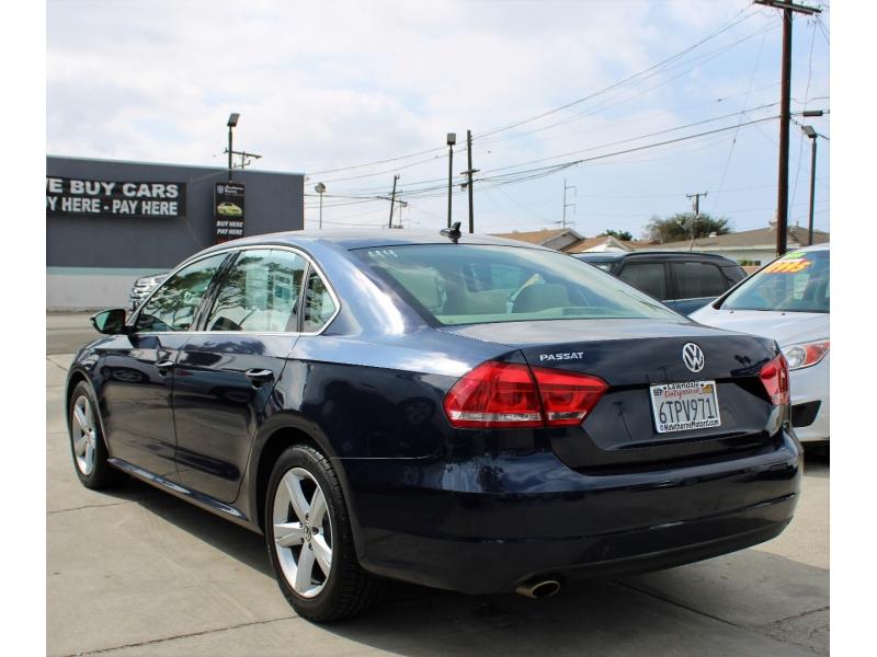 Volkswagen Passat 2012 price $10,595