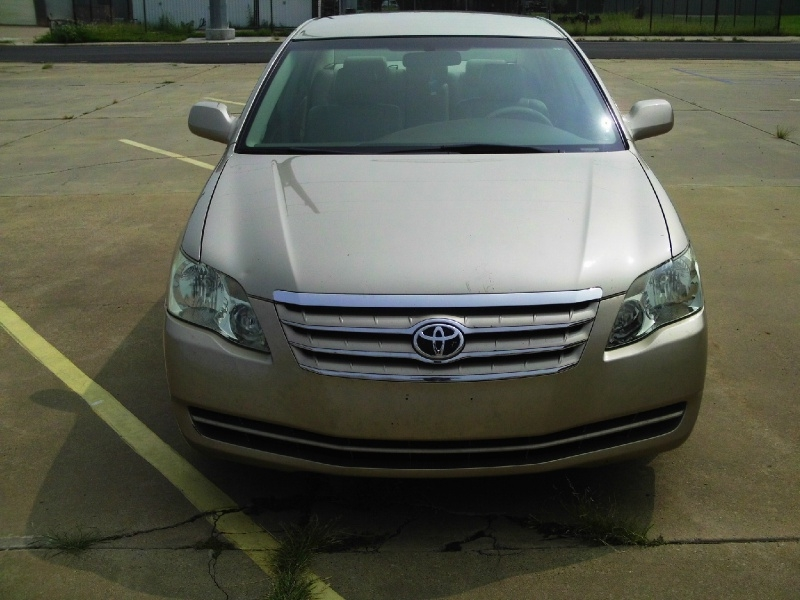 Toyota Avalon 2006 price $5,995