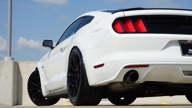Ford Mustang GT 2016 price $27,870