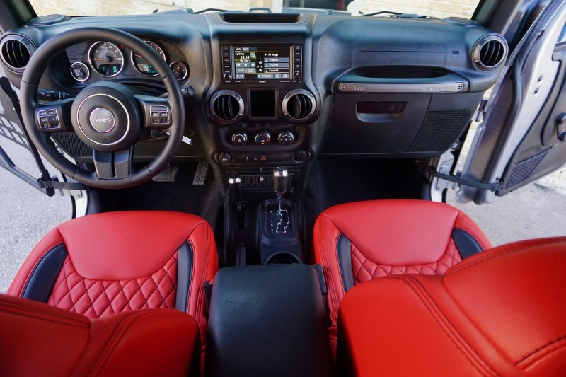 Jeep Wrangler Unlimited 2015 price $34,998