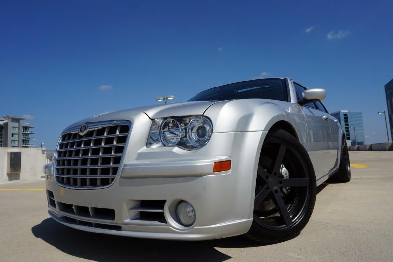 Chrysler 300C SRT-8 2008 price $19,998