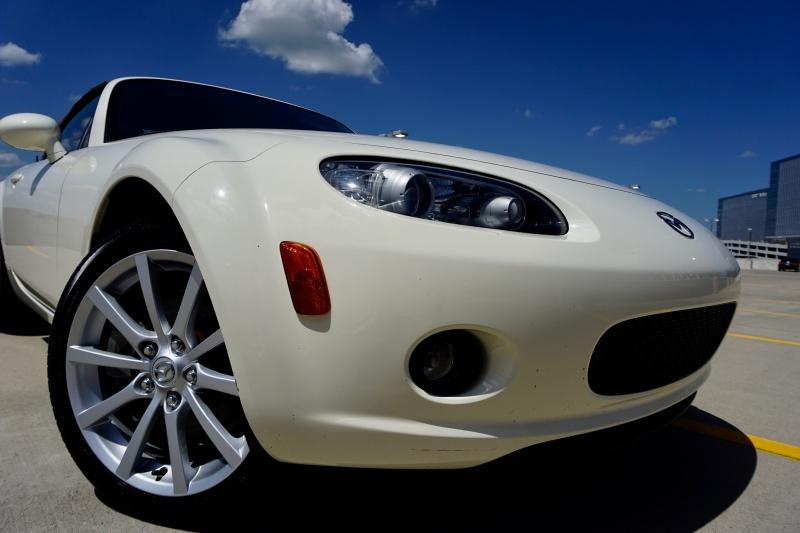 Mazda MX-5 Miata Grand Touring 2007 price $9,998