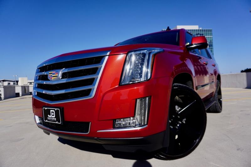 Cadillac Escalade 2015 price $39,870