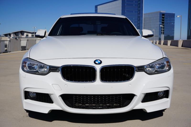 BMW 3 Series 328i Sedan 2015 price $16,800