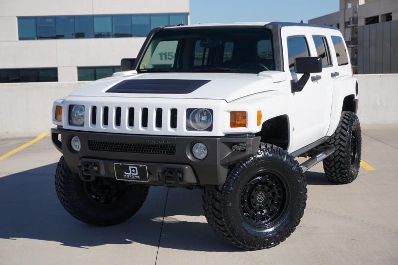 Hummer H3 2006 price $17,998