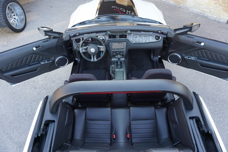 Ford Mustang GT Convertible 2011 price $17,995