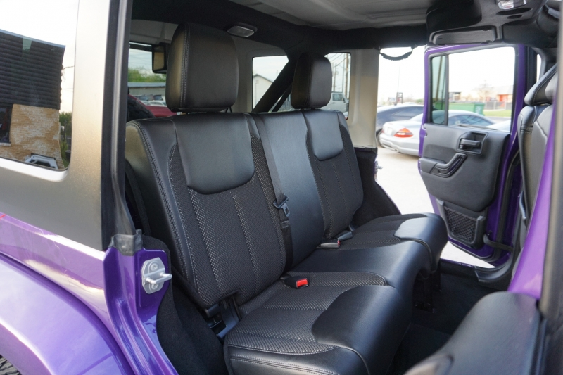 Jeep Wrangler Unlimited Sahara 2016 price $42,720