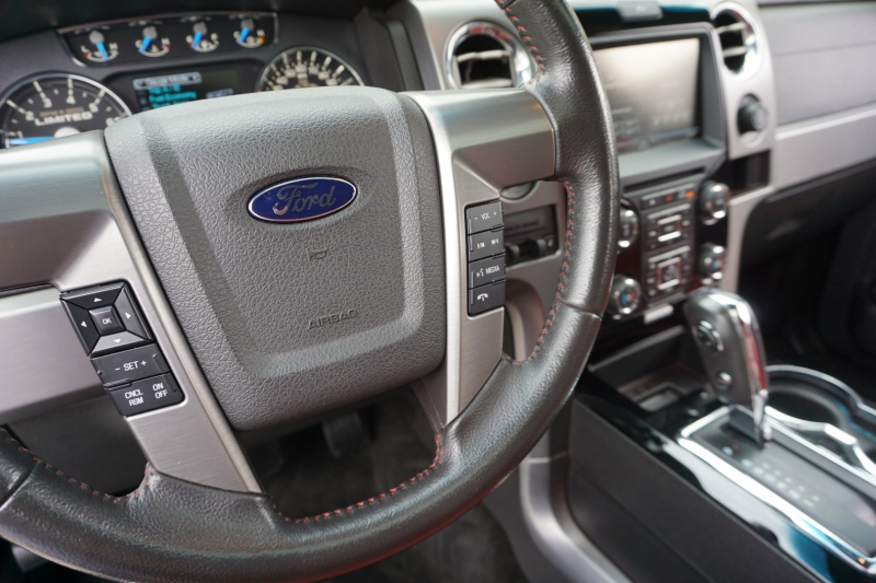 Ford F-150 Limited SuperCrew 2013 price $29,998