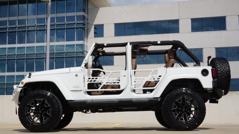 Jeep Wrangler Unlimited 2015 price $39,995