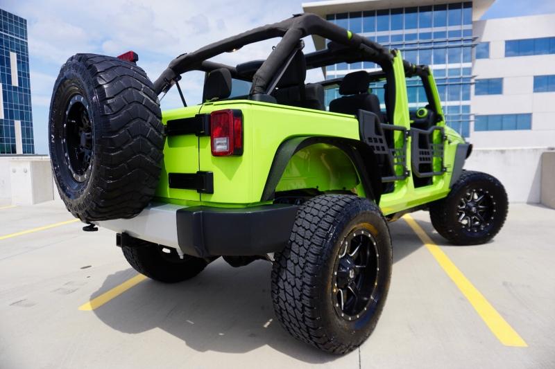 Jeep Wrangler Unlimited 2012 price $29,998