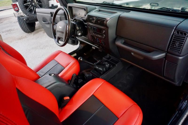Jeep Wrangler Unlimited 2005 price $29,998